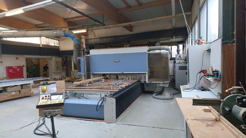 Modne ubrania Używane maszyny CNC do schodów od Stolarzy JS03